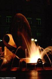Lyon - Une fontaine